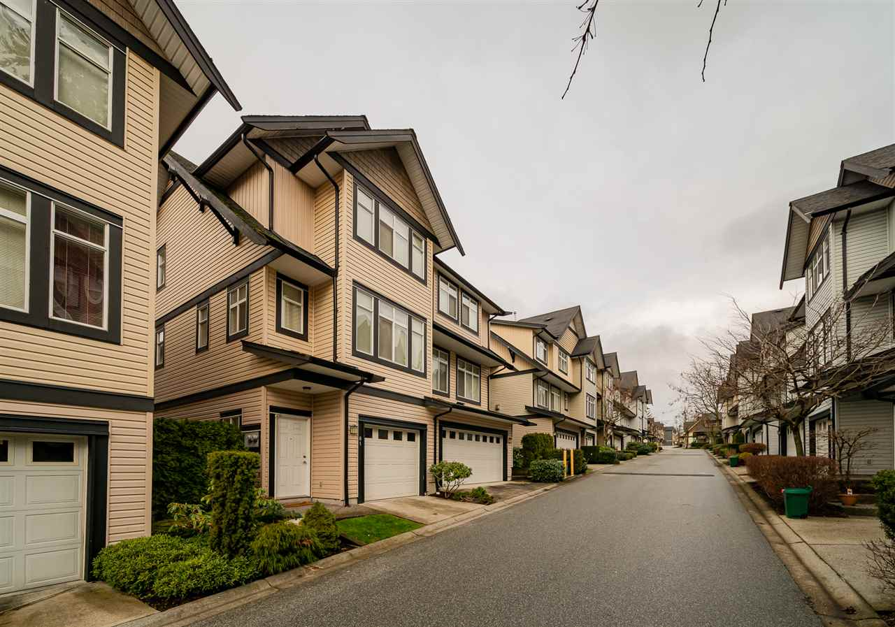FEATURED LISTING: 81 - 19932 70 Avenue Langley