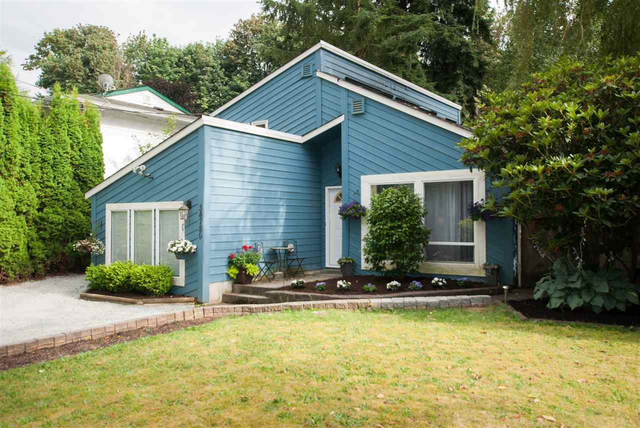 FEATURED LISTING: 34780 LABURNUM Avenue Abbotsford