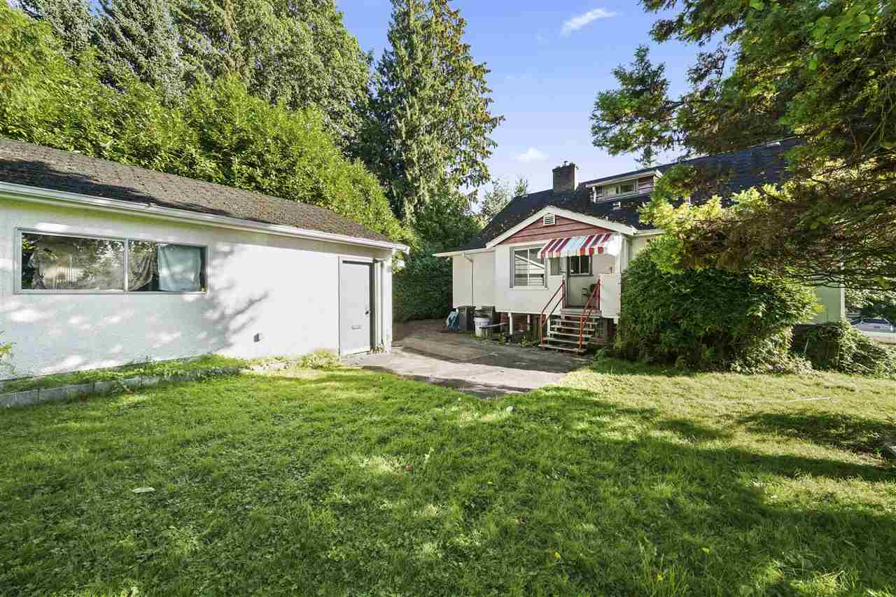 FEATURED LISTING: 915 DANSEY Avenue Coquitlam