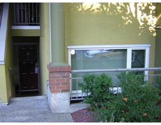 "Main Photo: 795 W 8TH Ave in Vancouver: Fairview VW Townhouse for sale in ""DOVER POINT"" (Vancouver West)  : MLS® # V616095"