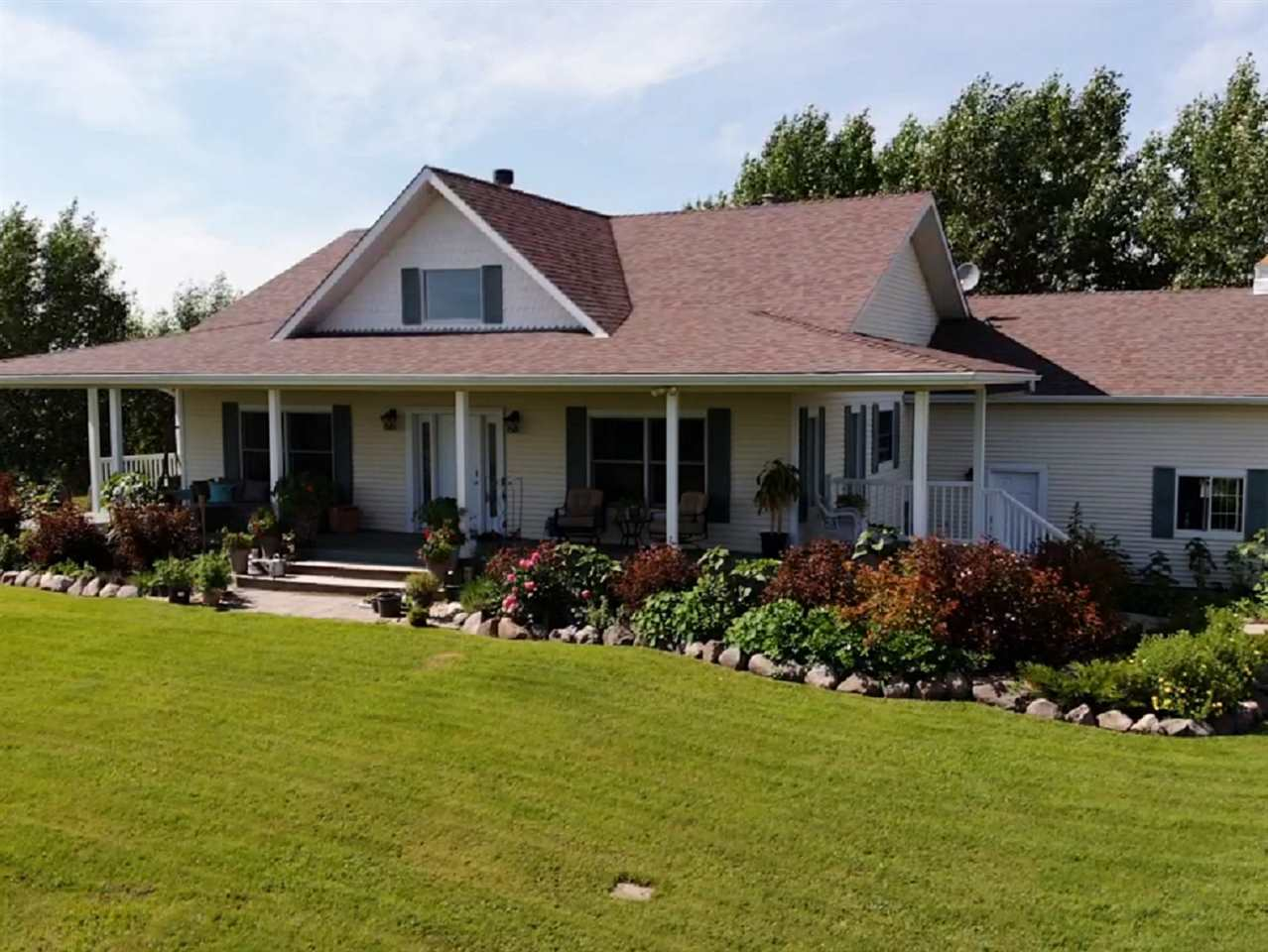 FEATURED LISTING: 55116 Range Road 230 Rural Sturgeon County