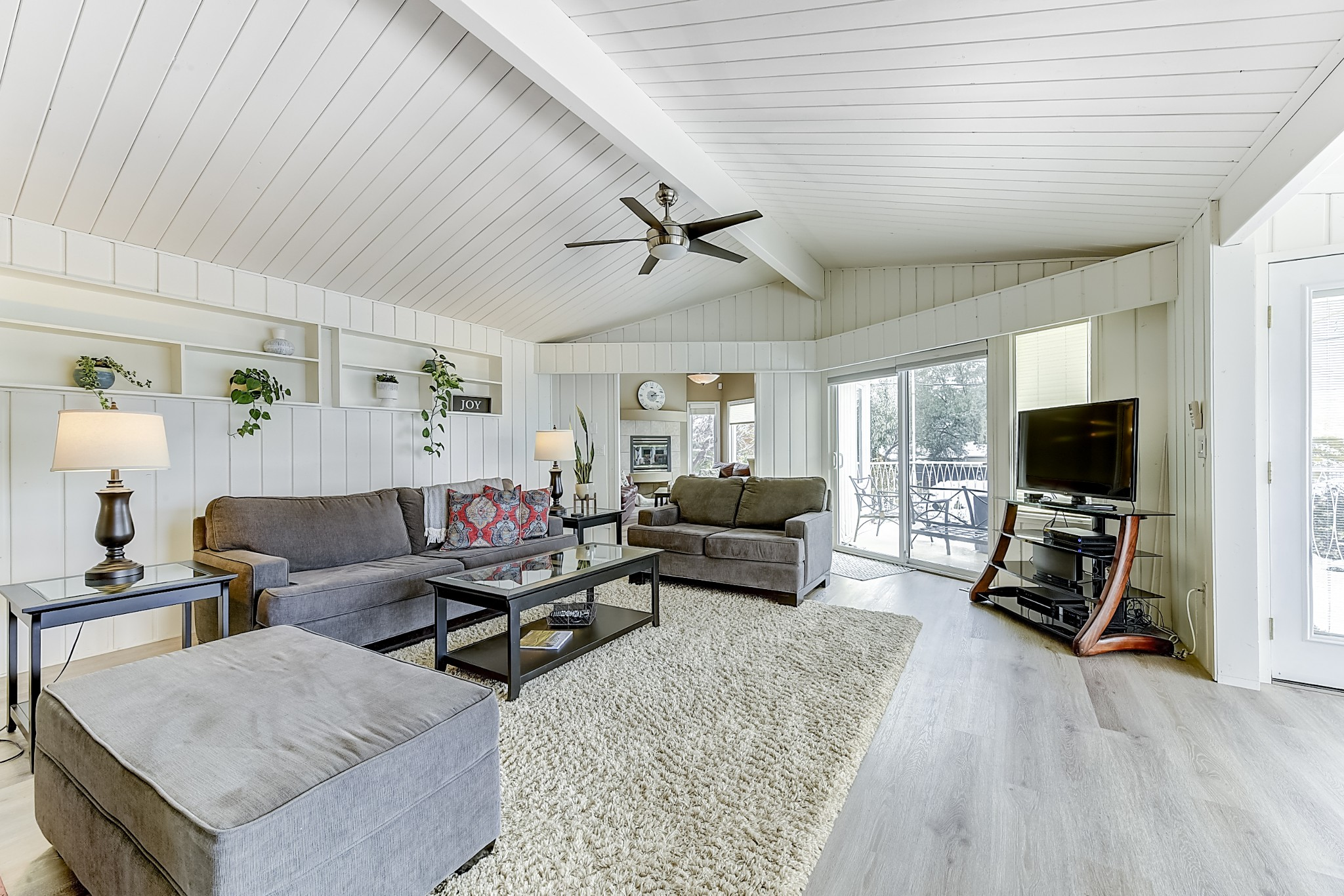 FEATURED LISTING: 2696 Casa Loma Road West Kelowna