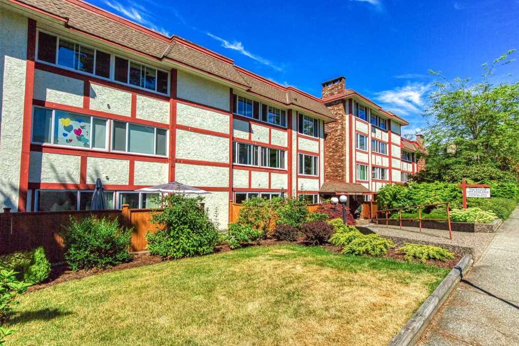 FEATURED LISTING: 204 - 1381 MARTIN Street White Rock