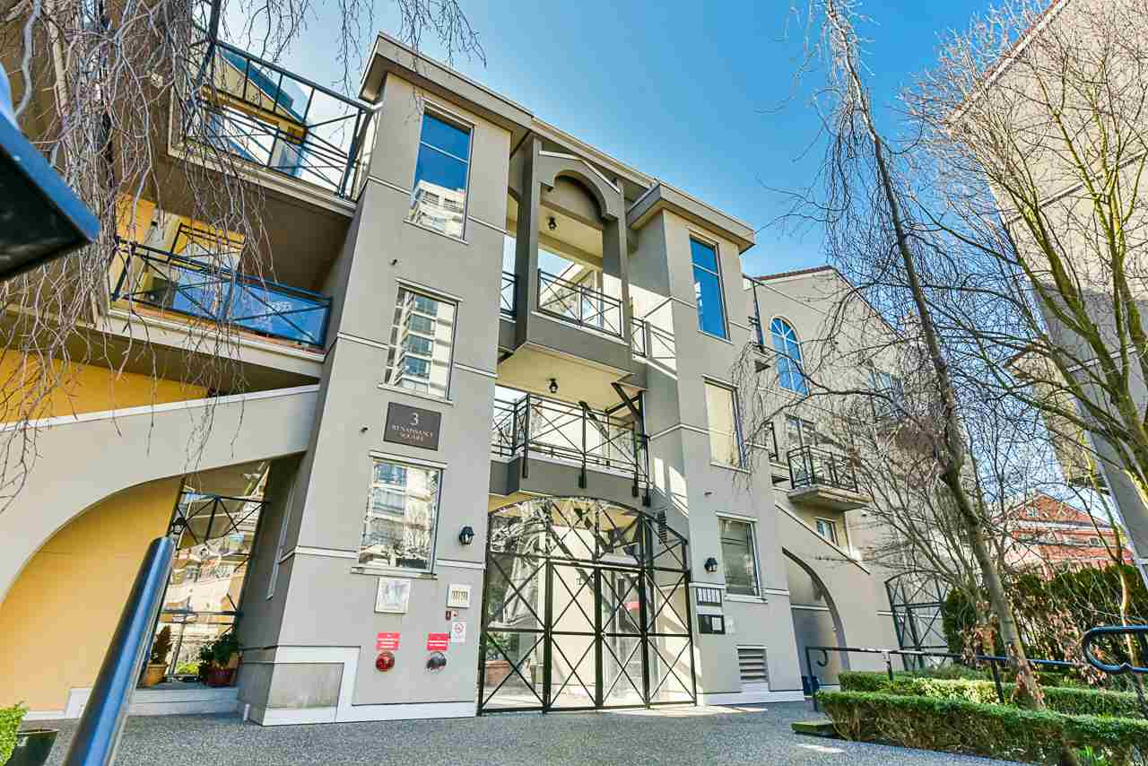 FEATURED LISTING: 304 3 RENAISSANCE Square New Westminster