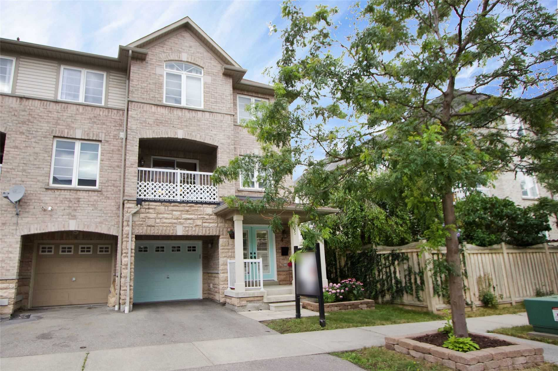 FEATURED LISTING: 4 Burnsborough Street Ajax