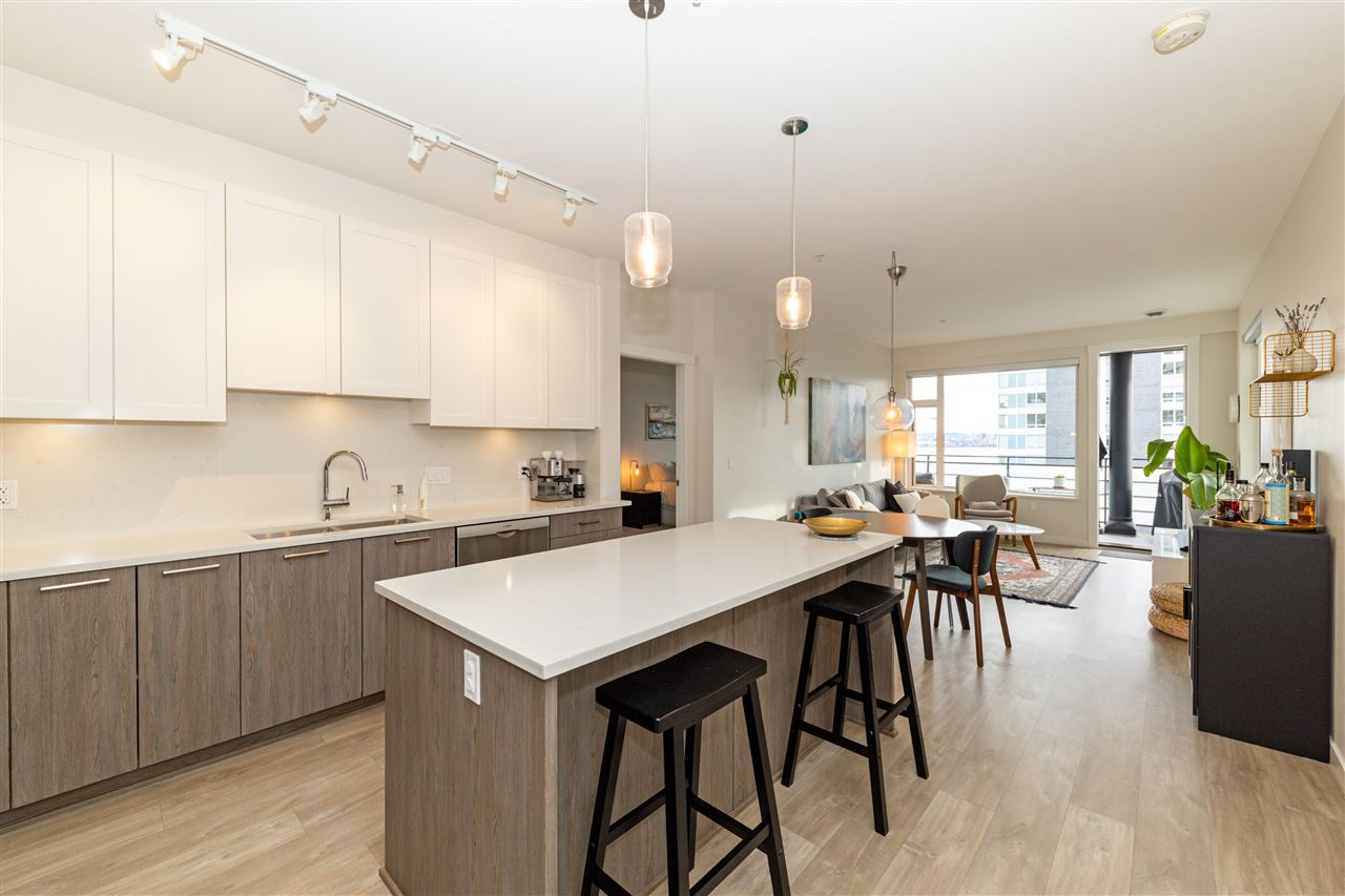 FEATURED LISTING: 511 - 123 1ST Street West North Vancouver
