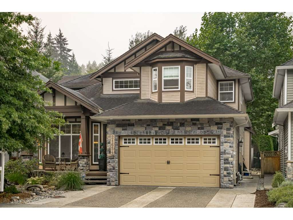 FEATURED LISTING: 21654 93 Avenue Langley