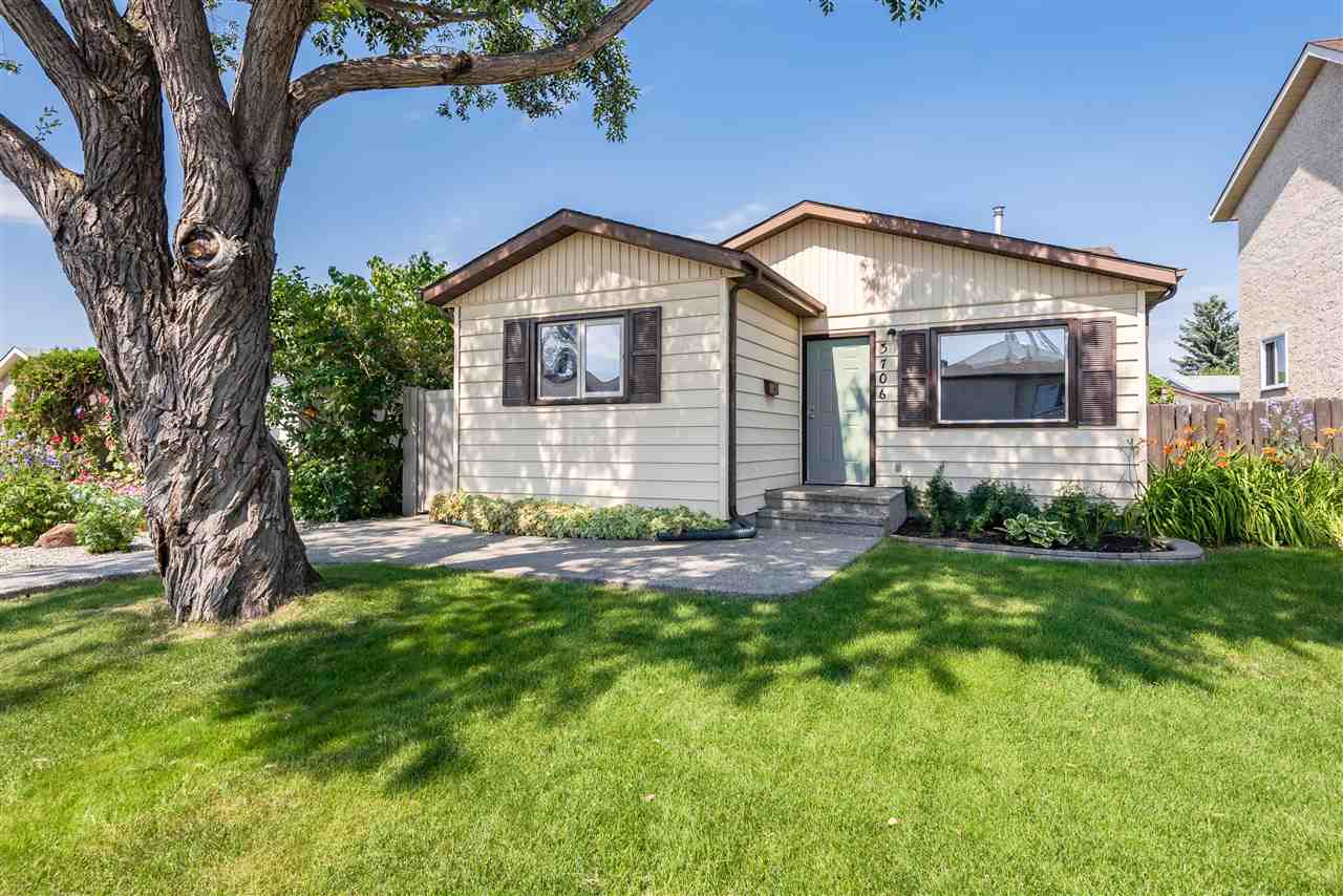 FEATURED LISTING: 3706 41 Avenue Northwest Edmonton