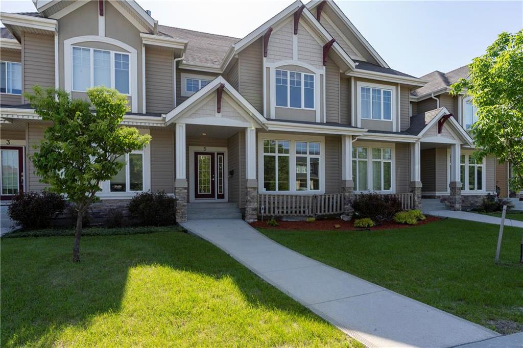 FEATURED LISTING: 5 Tansi Lane Winnipeg