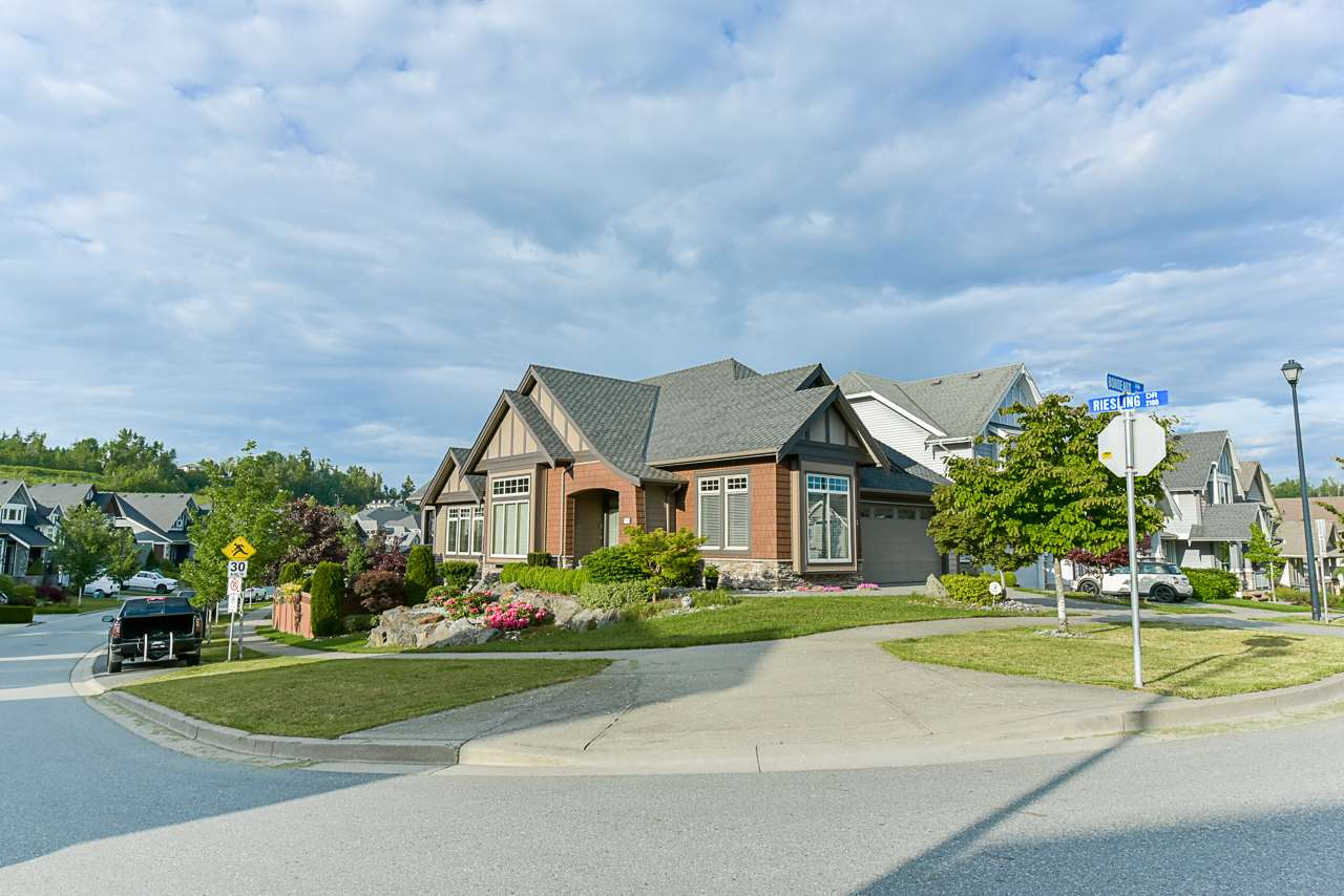 FEATURED LISTING: 29305 BORDEAUX Terrace Abbotsford