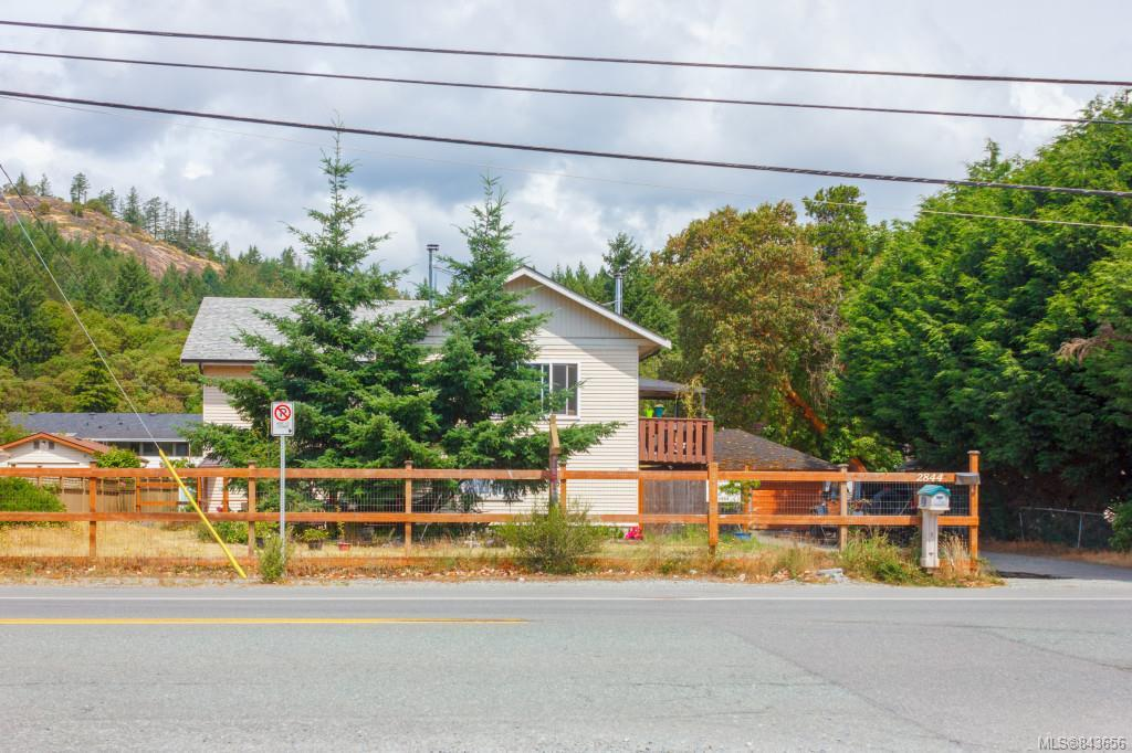 FEATURED LISTING: 2844 Sooke Rd Langford