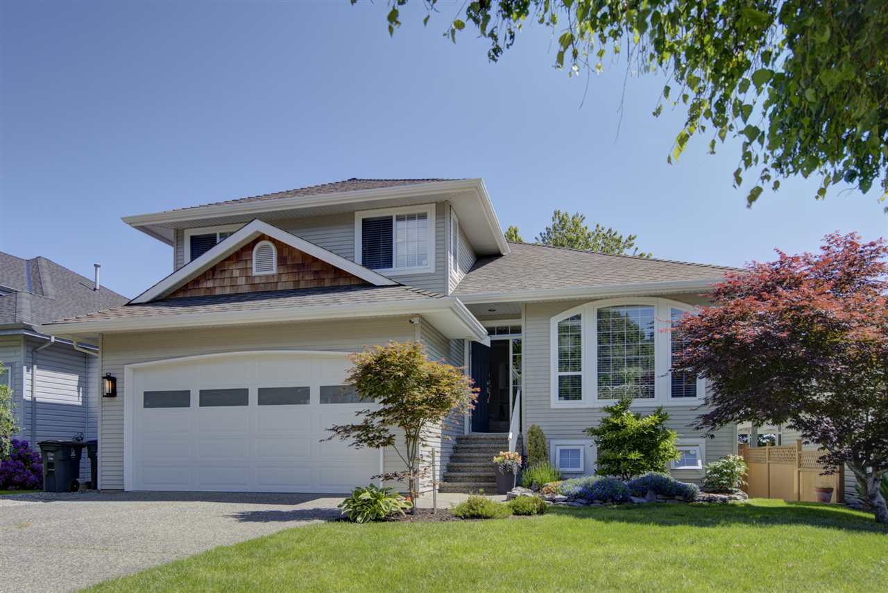 FEATURED LISTING: 2292 MADRONA Place Surrey