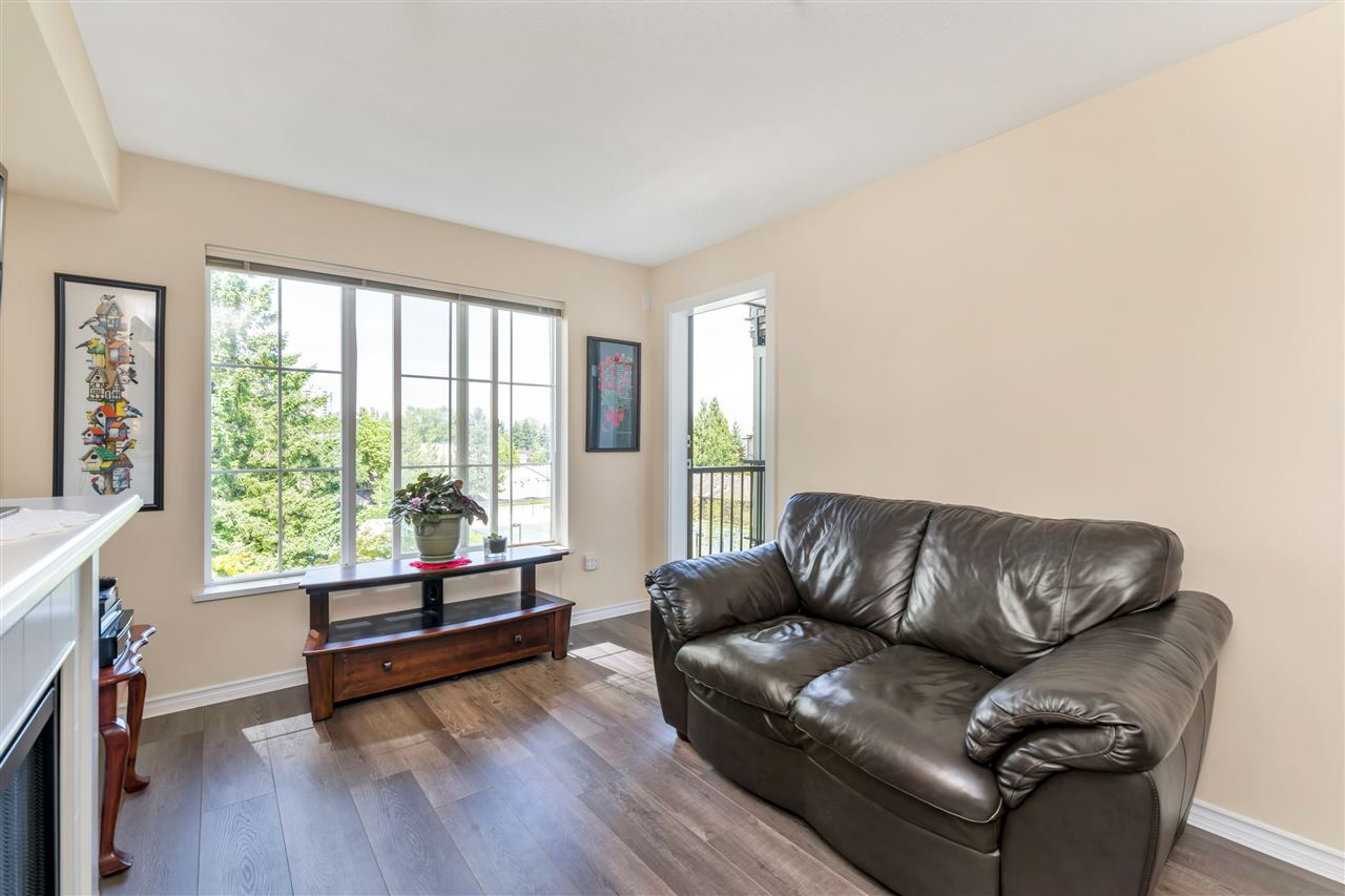 FEATURED LISTING: 307 - 14877 100 Avenue Surrey