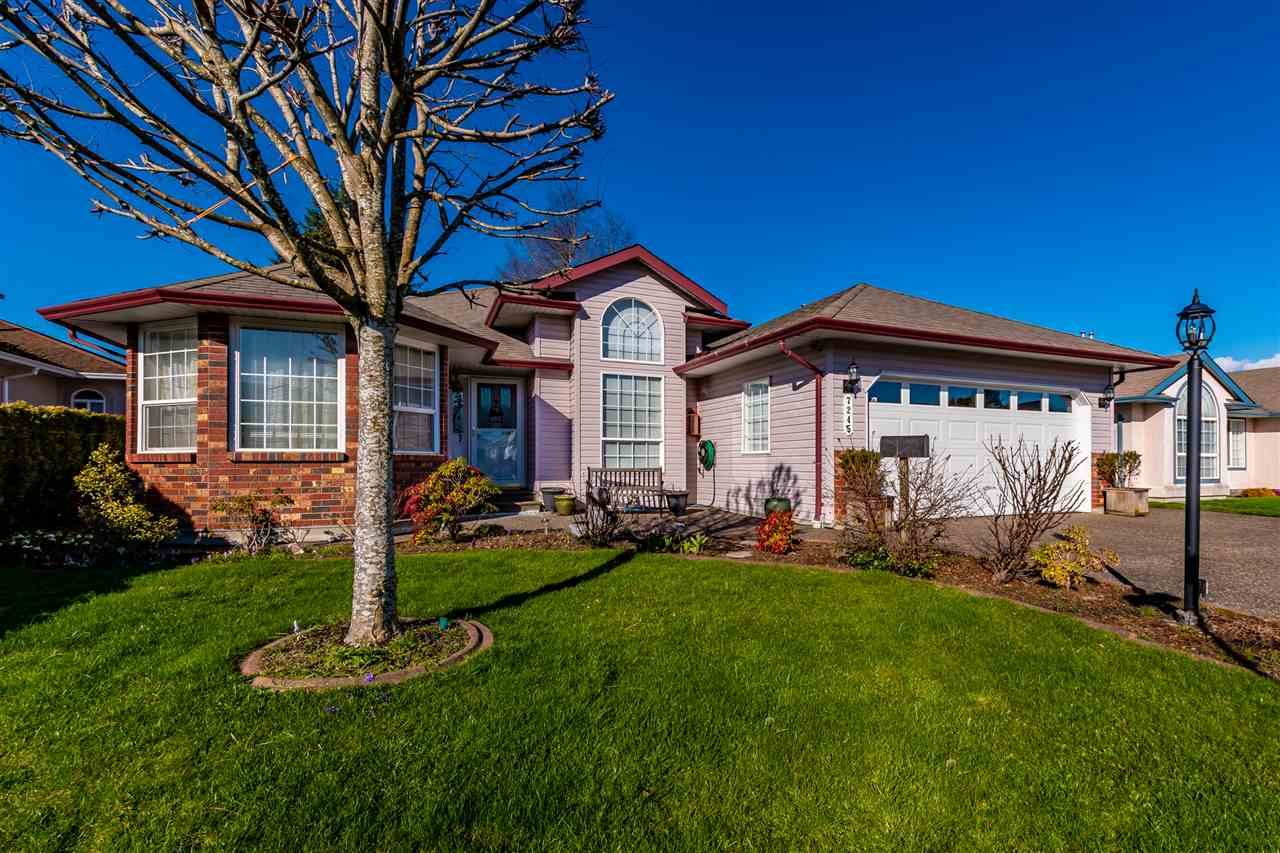 FEATURED LISTING: 7245 BLUEJAY Place Chilliwack
