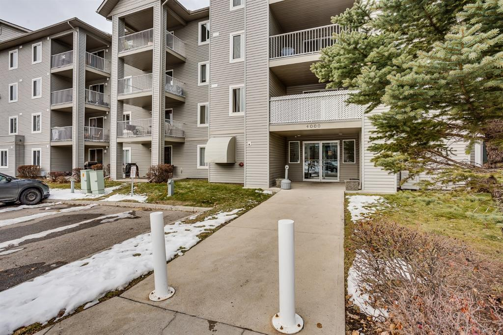 FEATURED LISTING: 4415 - 604 8 Street Southwest Airdrie