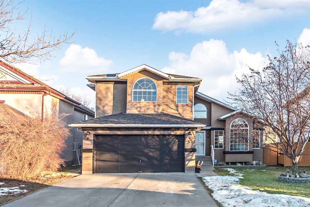 FEATURED LISTING: 55 Harvest Lake Crescent Northeast Calgary