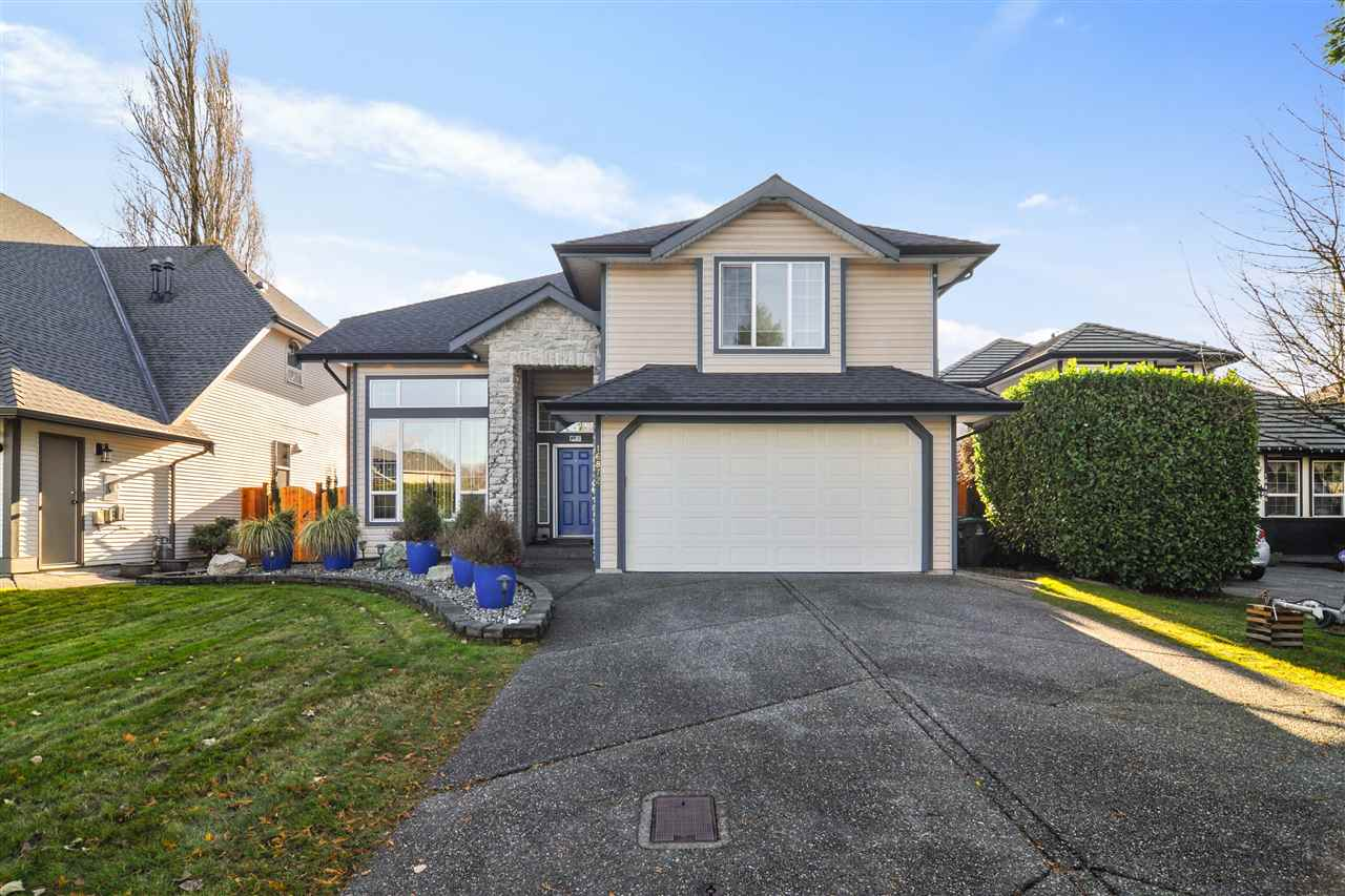 FEATURED LISTING: 16872 60A Avenue Surrey