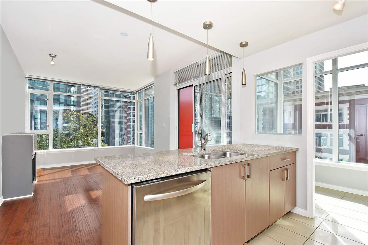 FEATURED LISTING: 602 - 1211 MELVILLE Street Vancouver