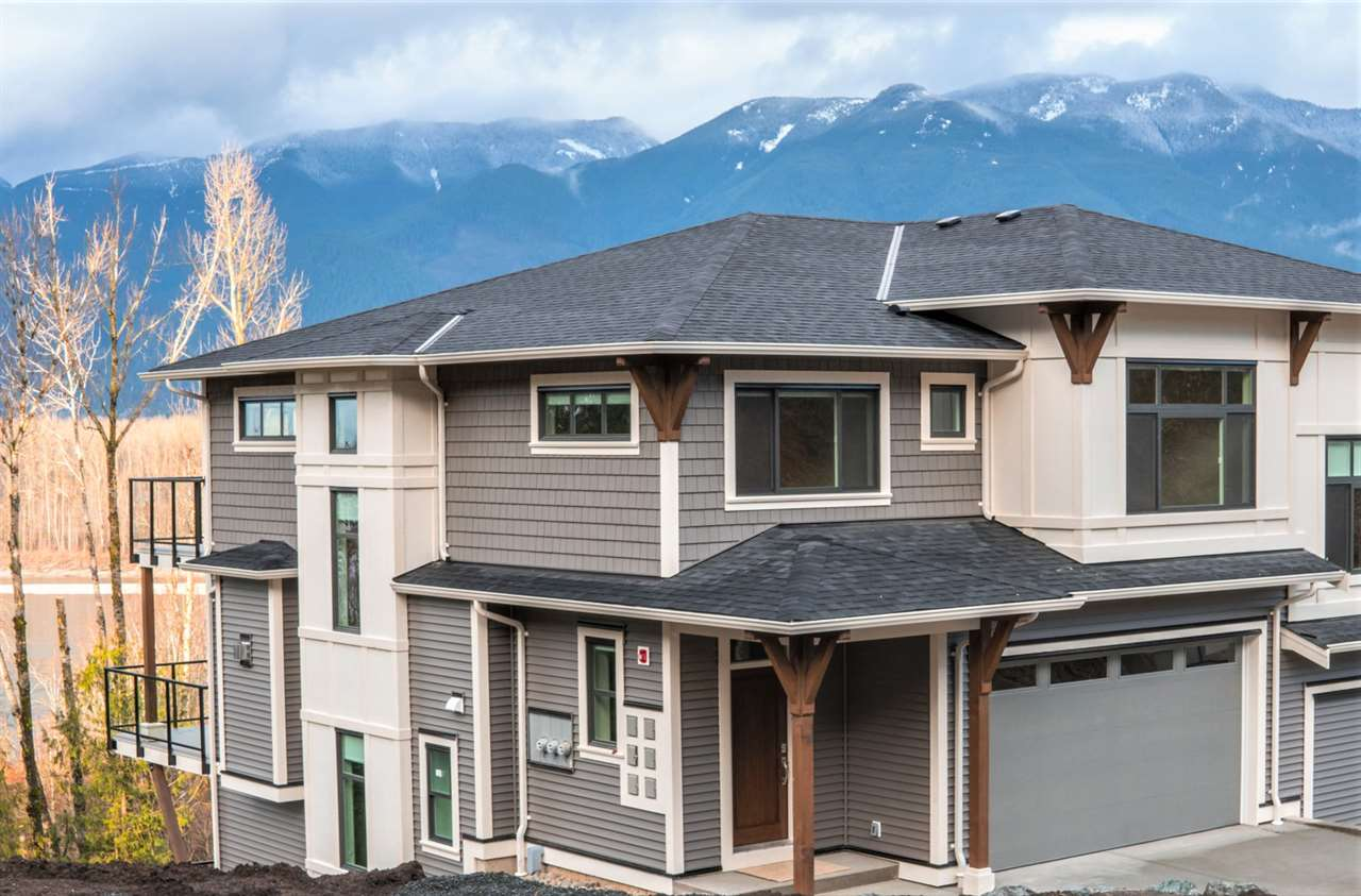 FEATURED LISTING: 3 - 43575 CHILLIWACK MOUNTAIN Road Chilliwack