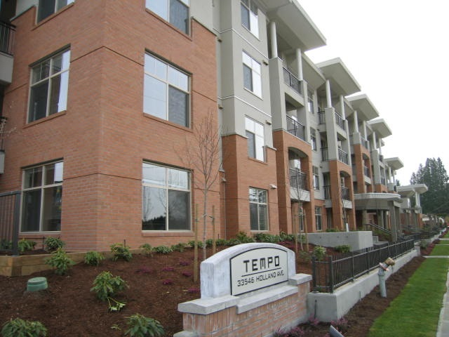 FEATURED LISTING: 307 - 33546 HOLLAND Avenue Abbotsford