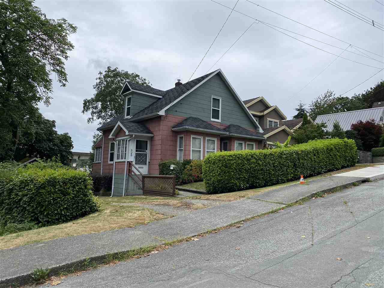 FEATURED LISTING: 428 FOURTEEN Street New Westminster
