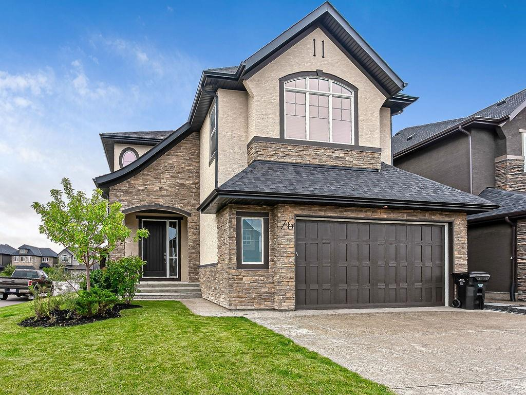 FEATURED LISTING: 76 Quarry Garden Southeast Calgary