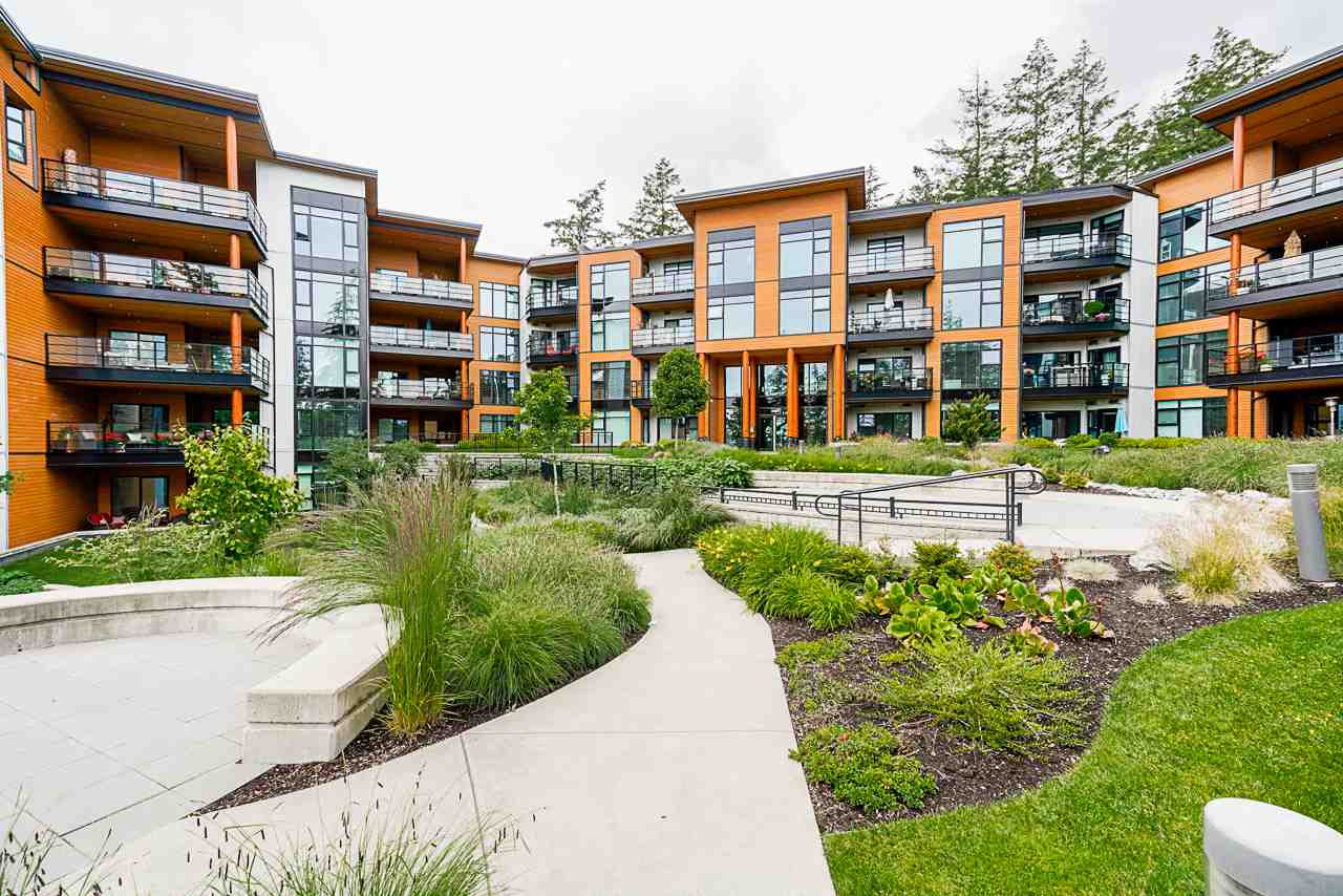 FEATURED LISTING: 508 - 14855 THRIFT Avenue White Rock