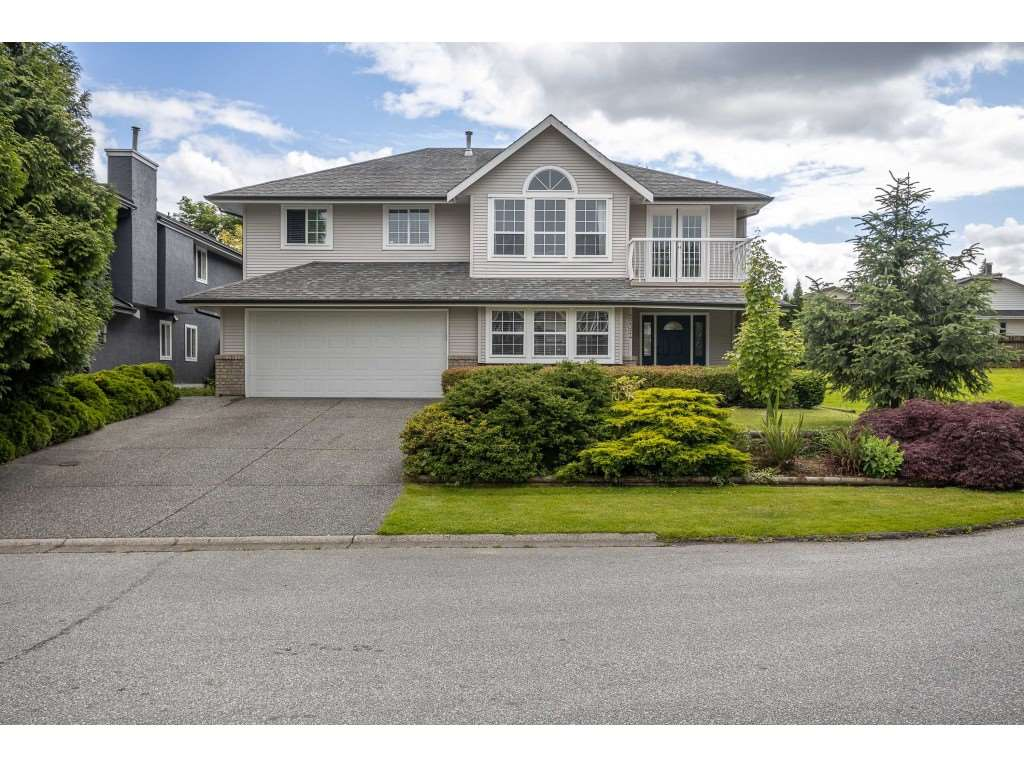 FEATURED LISTING: 22324 126 Avenue Maple Ridge
