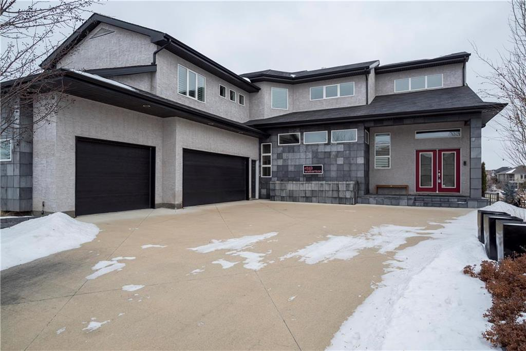 FEATURED LISTING: 49 Waterton Drive Winnipeg