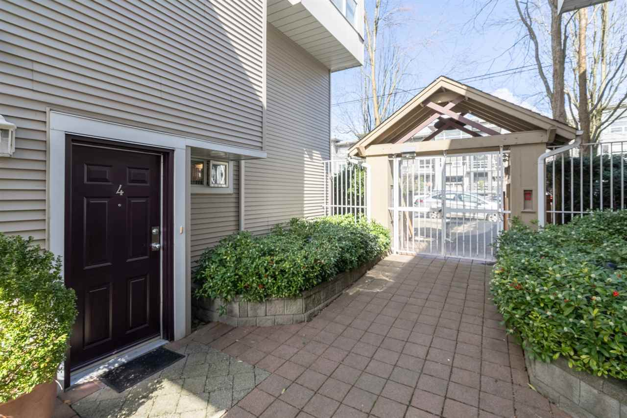 FEATURED LISTING: 4 3150 4TH Avenue West Vancouver
