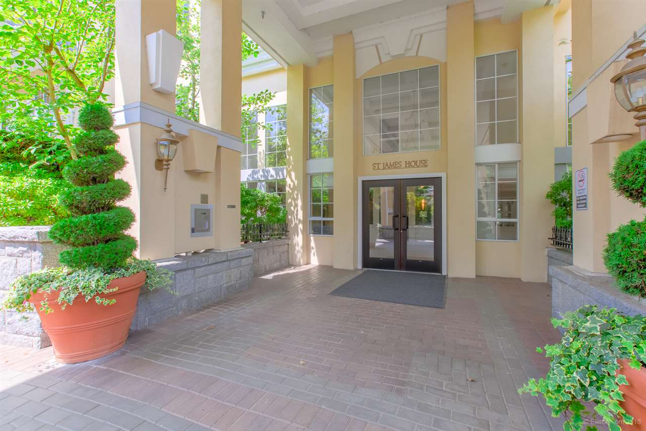 FEATURED LISTING: 403 5835 HAMPTON Place Vancouver