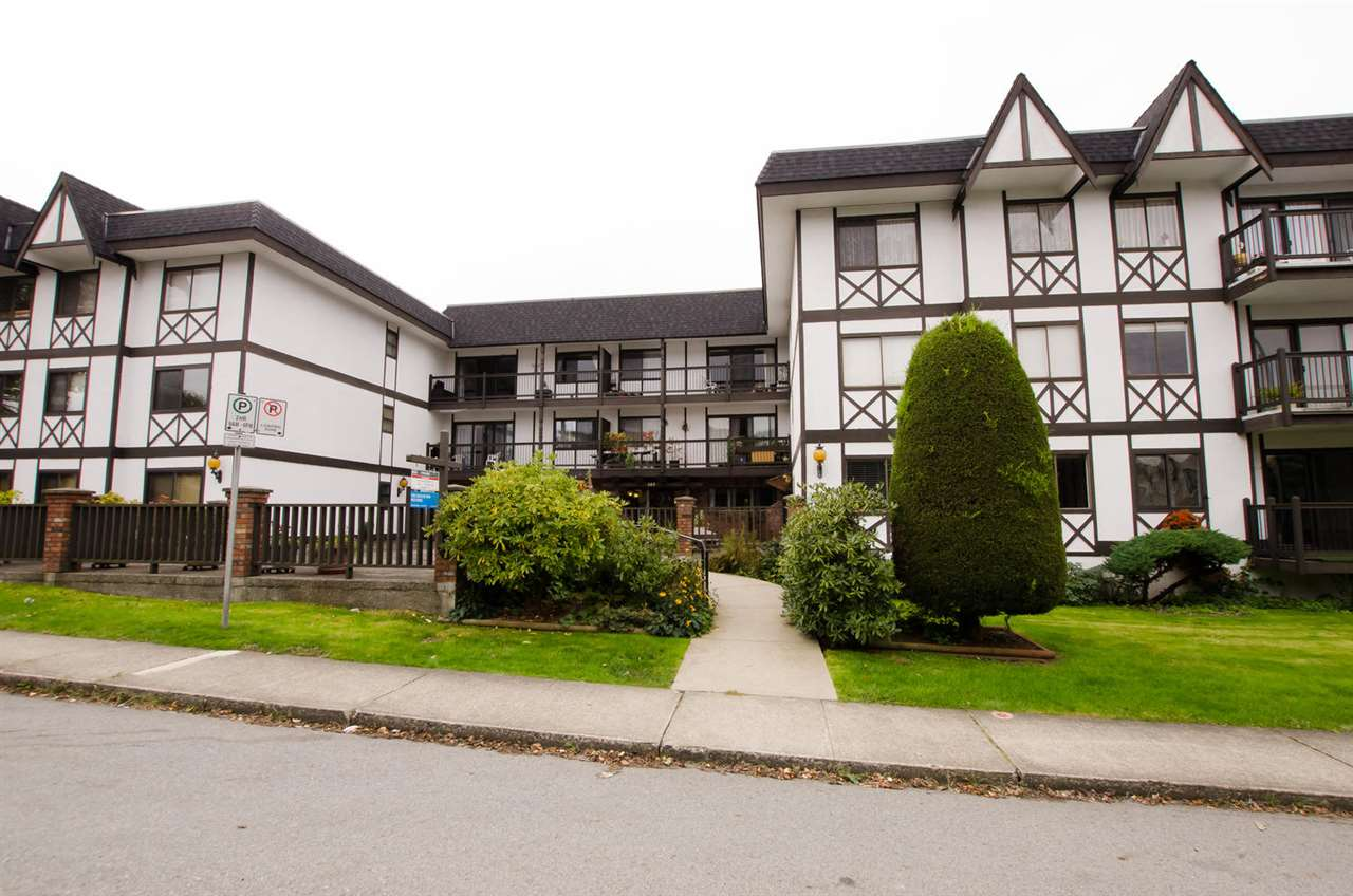 FEATURED LISTING: 213 145 18TH Street North Vancouver
