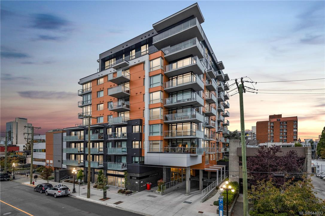 FEATURED LISTING: 410 - 838 Broughton St Victoria