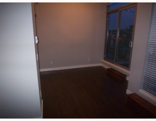 "Photo 6: PH3 587 W 7TH Avenue in Vancouver: Fairview VW Condo for sale in ""AFFINITI"" (Vancouver West)  : MLS® # V696581"