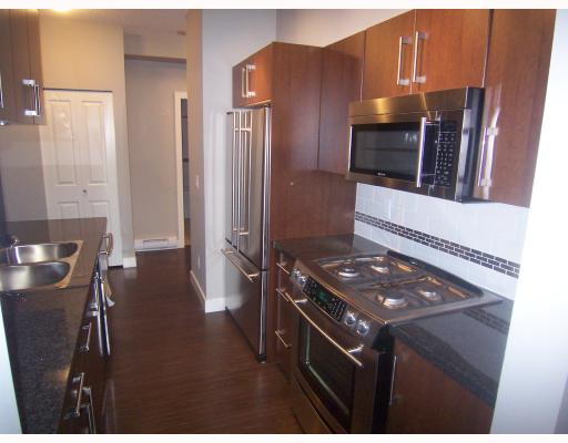 "Photo 2: PH3 587 W 7TH Avenue in Vancouver: Fairview VW Condo for sale in ""AFFINITI"" (Vancouver West)  : MLS® # V696581"