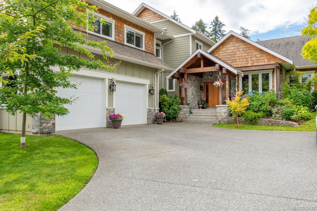 FEATURED LISTING: 619 Birch Rd North Saanich