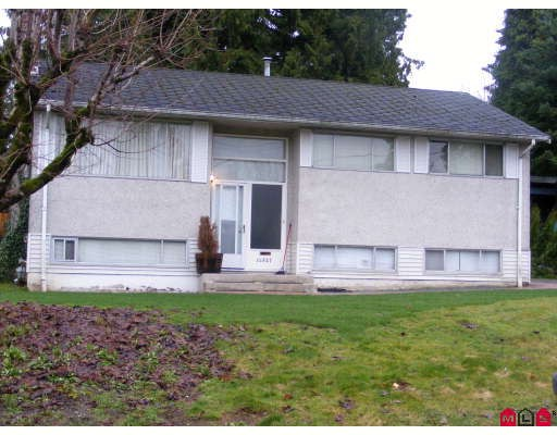 FEATURED LISTING: 14927 KEW Drive Surrey