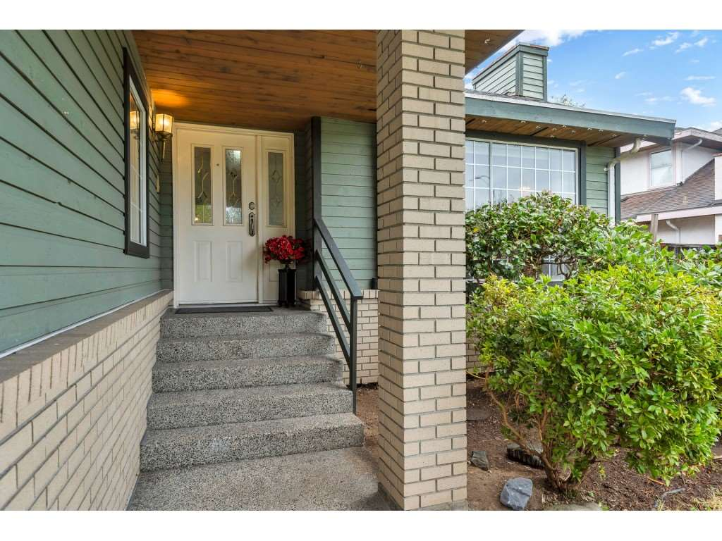 FEATURED LISTING: 15725 106 Avenue Surrey