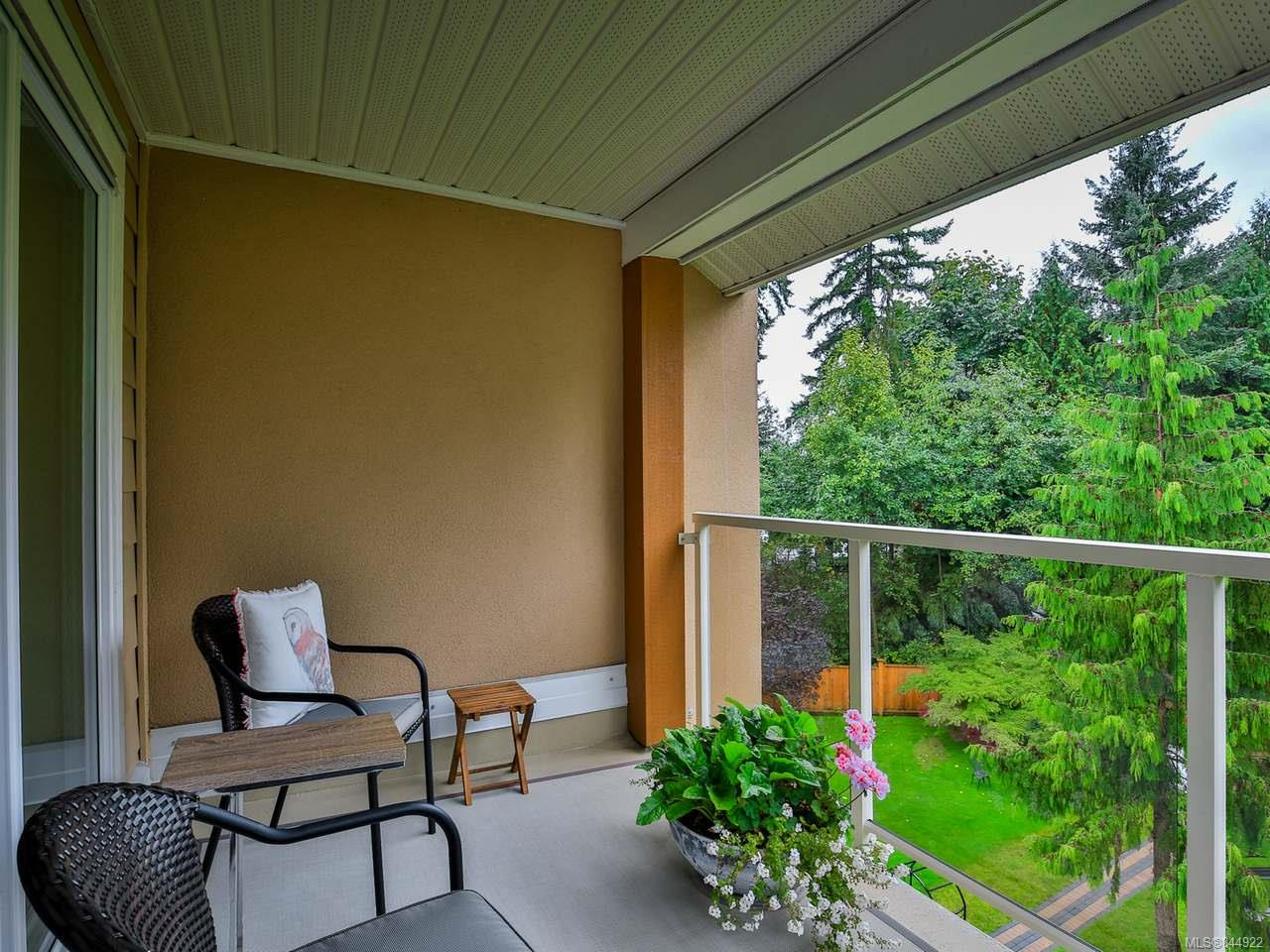 FEATURED LISTING: 406 - 4701 Uplands Dr NANAIMO