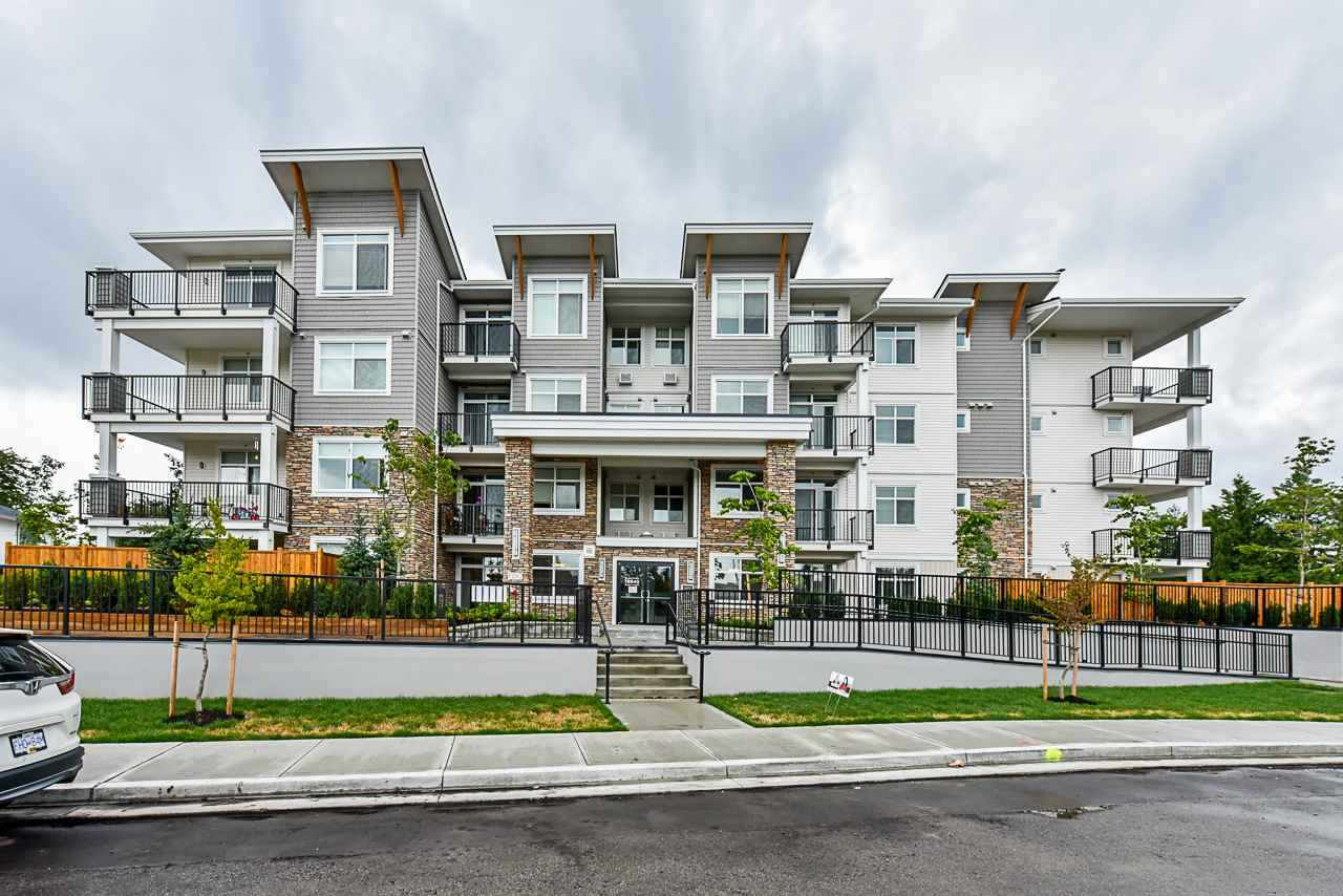 FEATURED LISTING: 401 - 19940 BRYDON Crescent Langley
