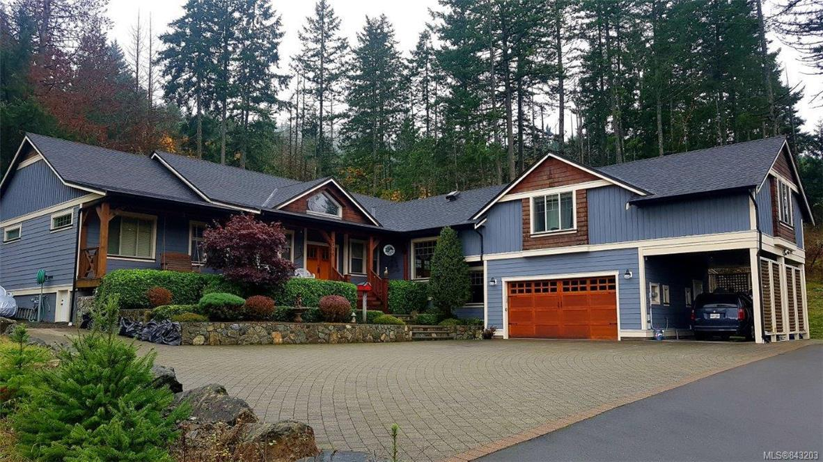 FEATURED LISTING: 771 Hanbury Pl Highlands