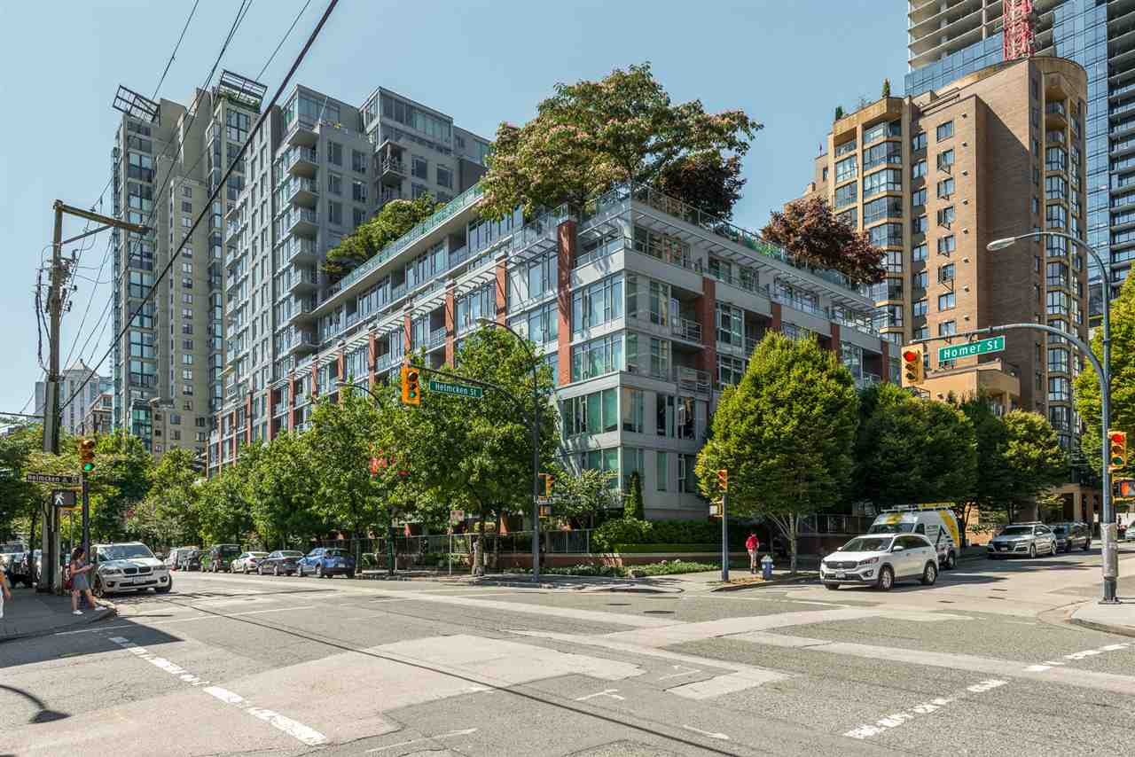 FEATURED LISTING: 517 - 1133 HOMER Street Vancouver