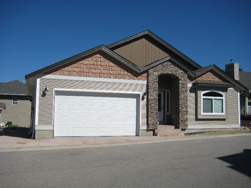 Main Photo: #12; 801 - 20th Street N.E. in Salmon Arm: Residential Residential Detached for sale : MLS®# 9210544