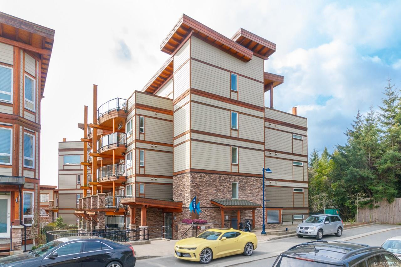 FEATURED LISTING: 203 - 6591 Lincroft Rd
