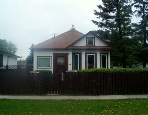 FEATURED LISTING: 688 PRINCE RUPERT Avenue WINNIPEG