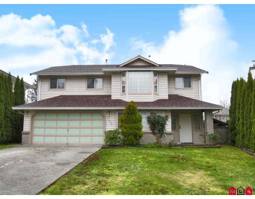 Main Photo: 9549 215B Street in Langley: Walnut Grove House for sale : MLS®# F2729941