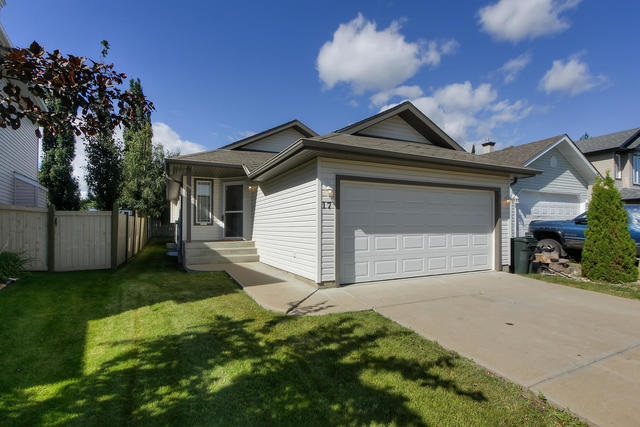 FEATURED LISTING: 17 LANDON Drive Spruce Grove