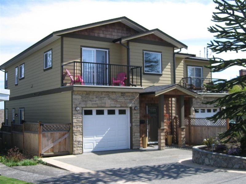 Main Photo: 927 Shirley Rd in Victoria: Residential for sale : MLS® # 260688