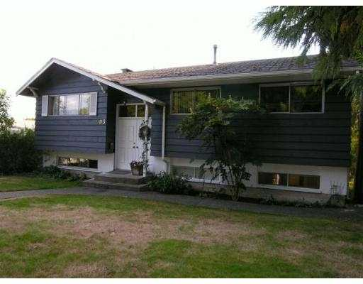 Main Photo: 903 E 4TH Street in North_Vancouver: Queensbury House for sale (North Vancouver)  : MLS® # V675465
