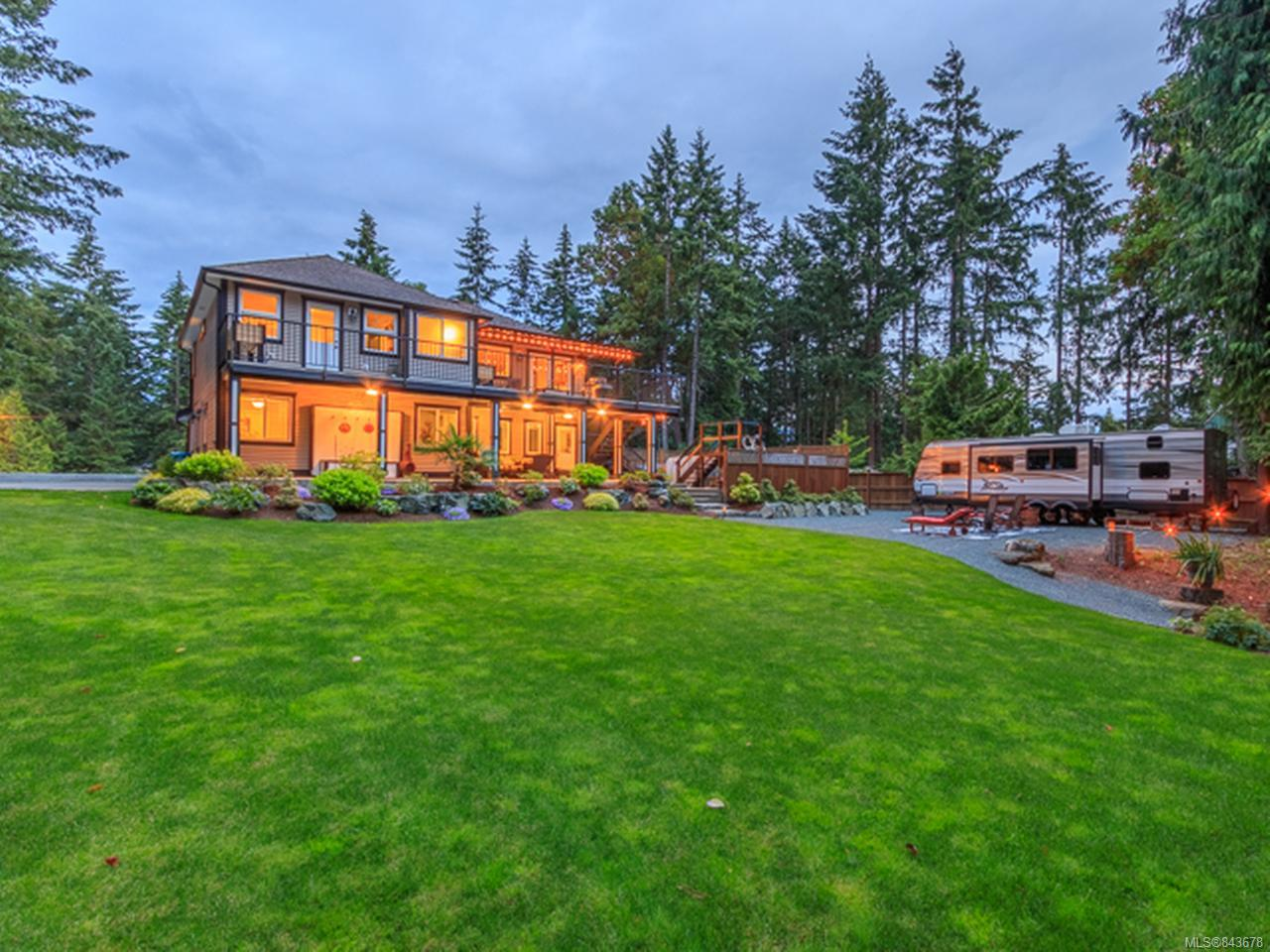 FEATURED LISTING: 75 Lake Pl NANAIMO